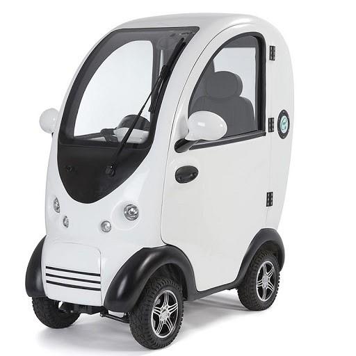 Pokrit električni skuter